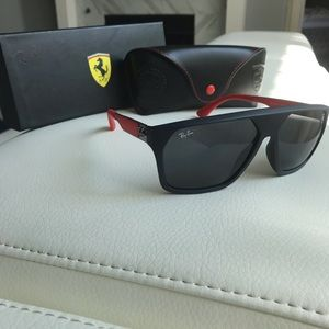 Ray Ban Ferrari Limited Edition like new. Blue Fra